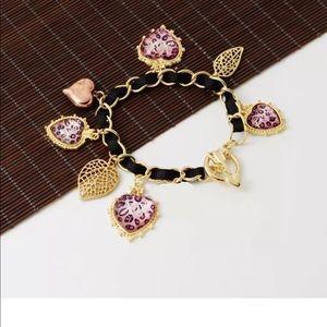 Jewelry - Golden Leopard Leaf Heart XOX & Kiss Bracelet